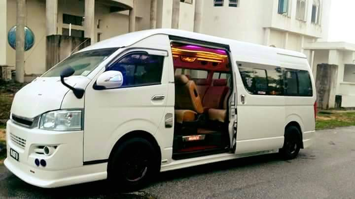 van 10 seaters chauffeur KL service